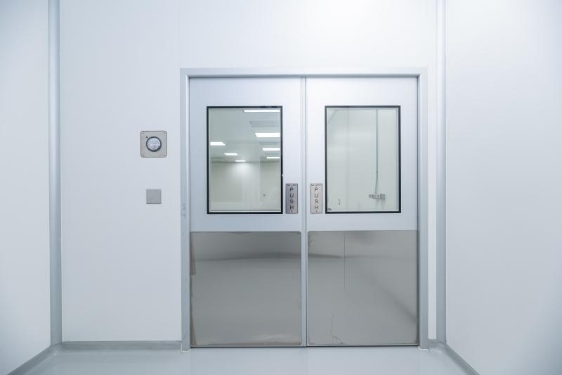 Clearnoom Door Airlock